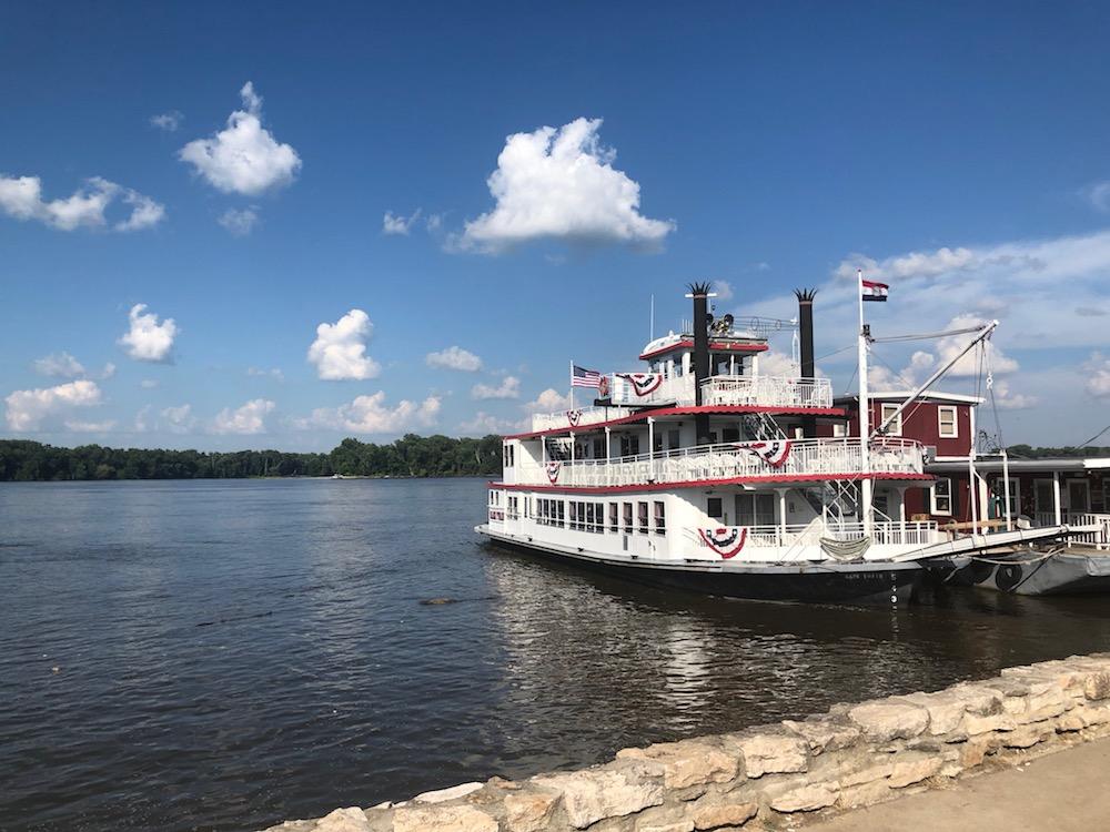 Mark Twain Steamboat
